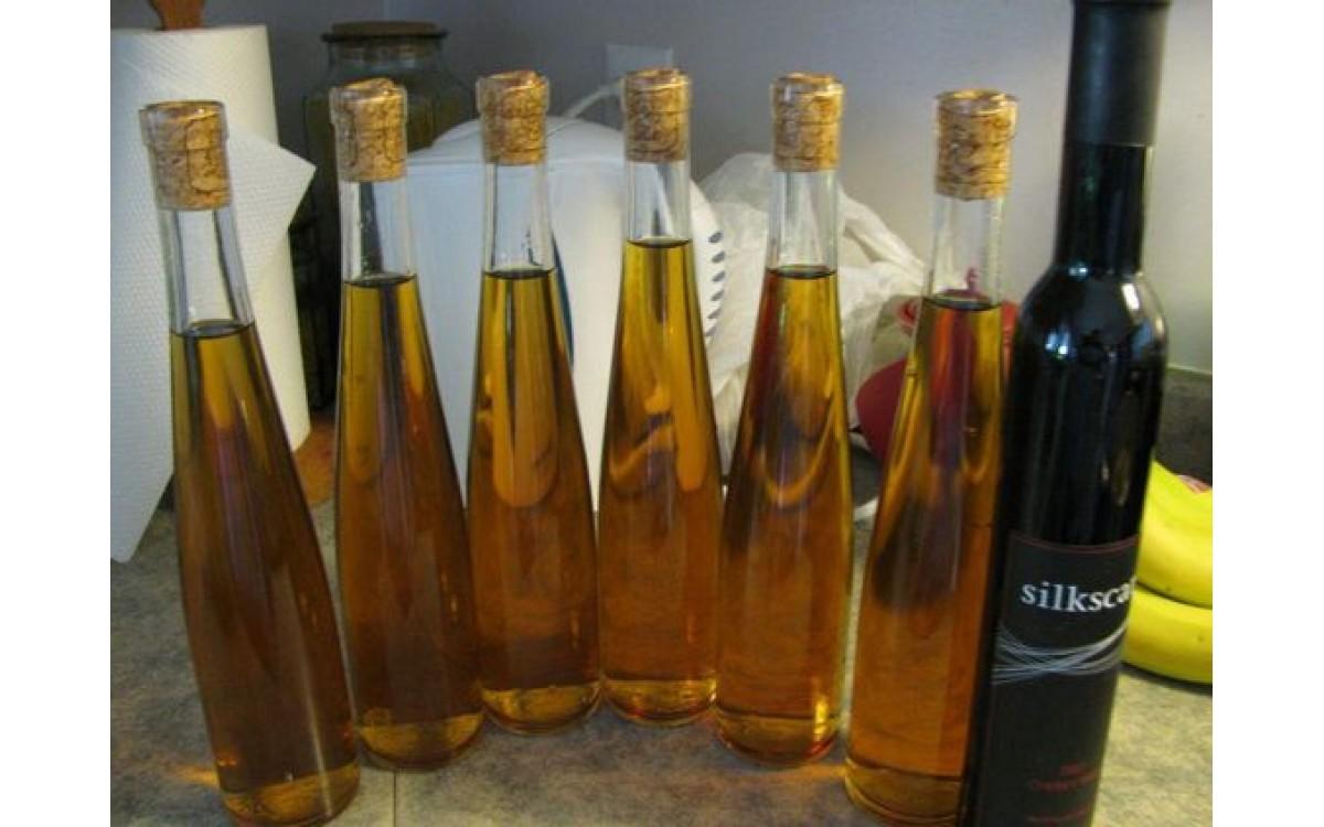 Jak zrobić Wino Pietruszkowe ?