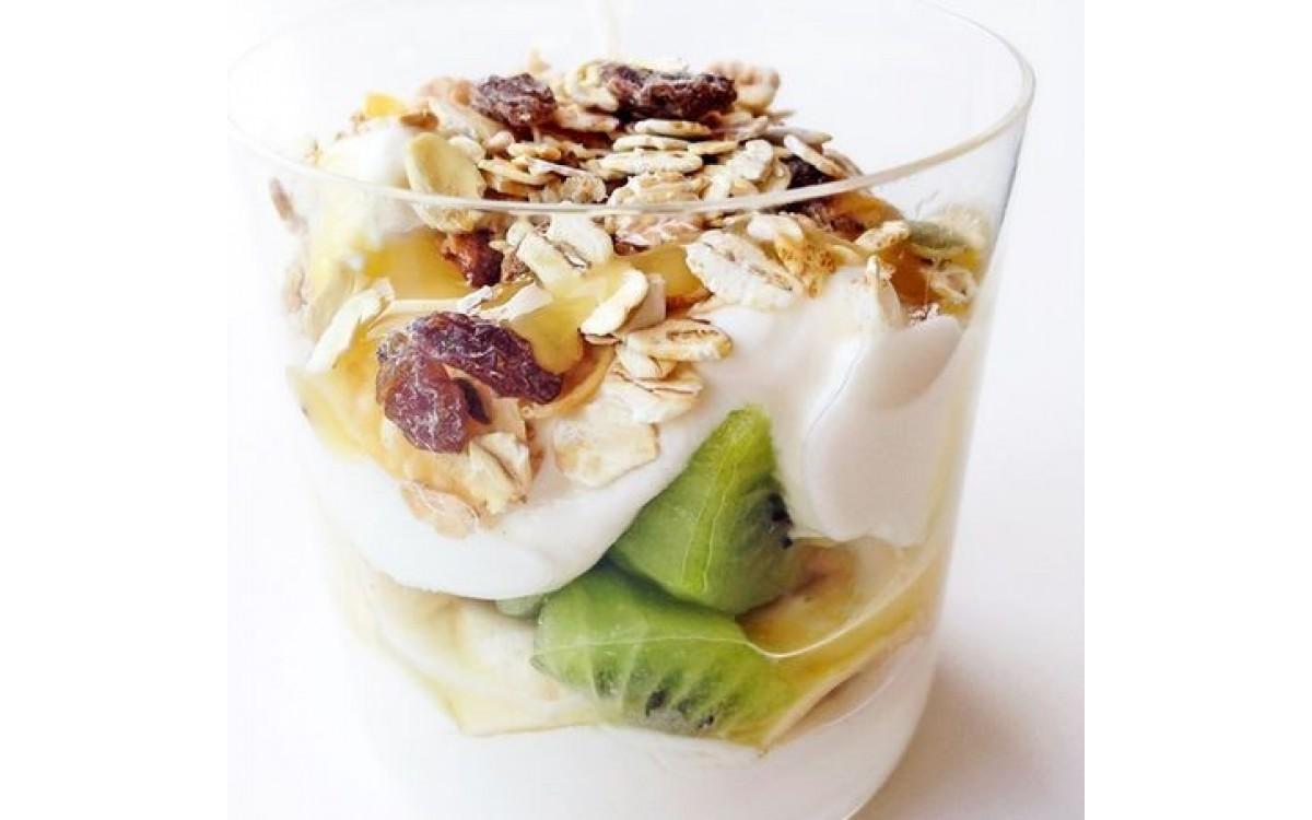 Jak zrobić jogurt w domu – przepis na jogurt